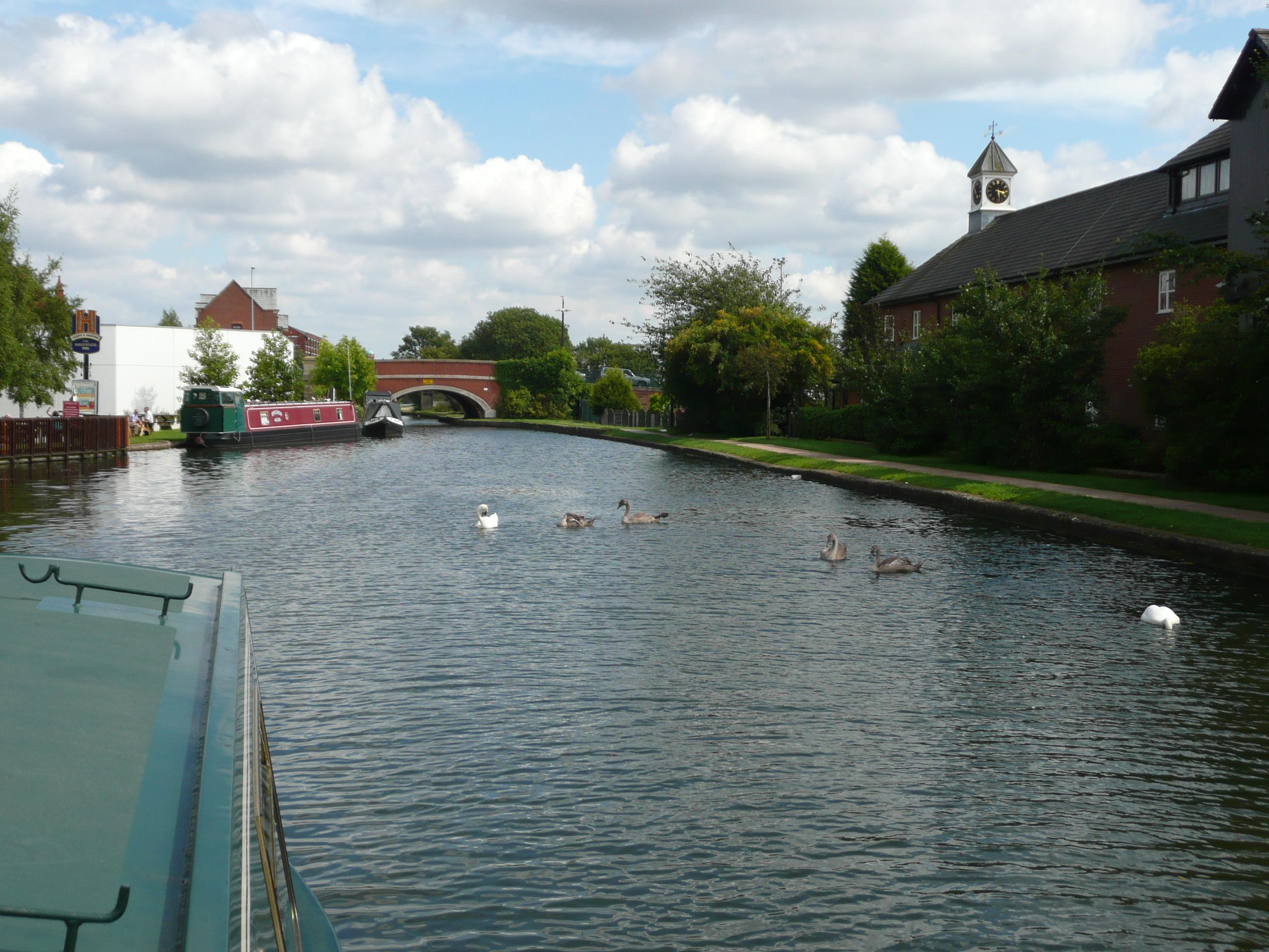 Manchester-to-Leeds-Canal